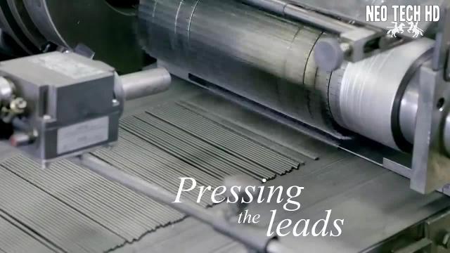 خط تولید مداد در کارخانه