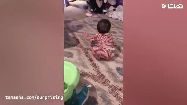 کلیپ بسیار بامزه و دیدنی از حرکات خنده دار کودکان