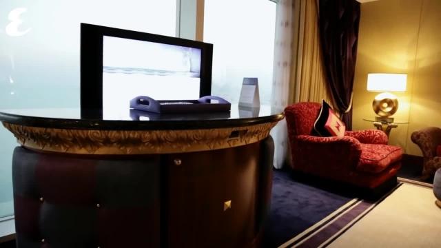 تنها هتل 7 ستاره در برج العرب