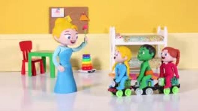 دانلود انیمیشن خانواده خمیری این قسمت Kids Found A Toy Train