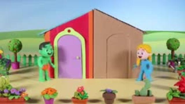 دانلود انیمیشن خانواده خمیری این قسمت Kids Building A Cardboard Playhouse