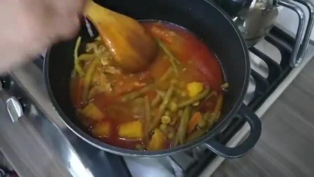 روش پخت بهترین و جذاب ترین خوراک گوشت و لوبیا