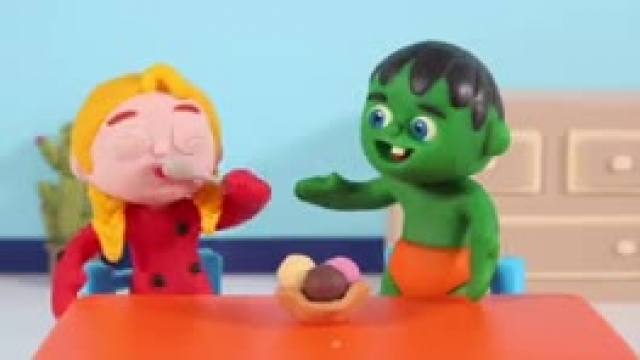 دانلود انیمیشن خانواده خمیری این قسمت Kids Playing With Make Up