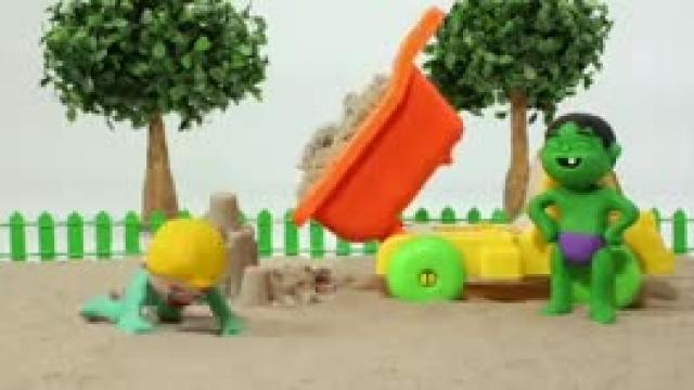 دانلود انیمیشن خانواده خمیری این قسمت Kids Playing With A Fishing Game r